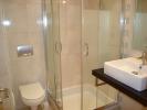 Douche met 2e toilet